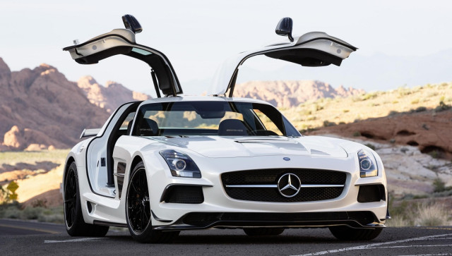 Mercedes-Benz-SLS-AMG-Black-Series-640x363.jpg