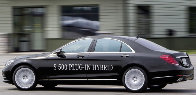 New Mercedes-Benz S-Class 500 Plug-In Hybrid (6).jpg